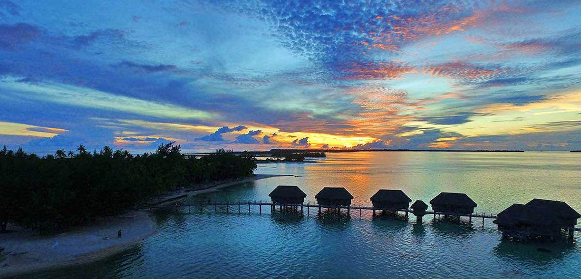 https://tahititourisme.com.au/wp-content/uploads/2017/07/SLIDER3-Tikehau-Pearl-Beach-Resort.jpg