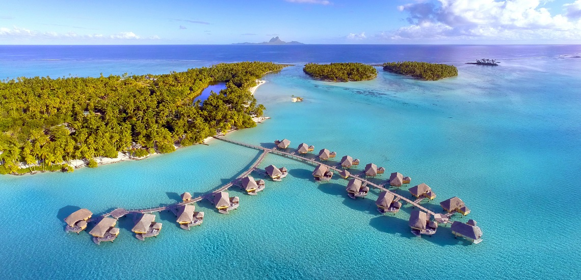 https://tahititourisme.com.au/wp-content/uploads/2017/08/HEBERGEMENT-Le-Tahaa-Island-Resort-Spa-2.jpg