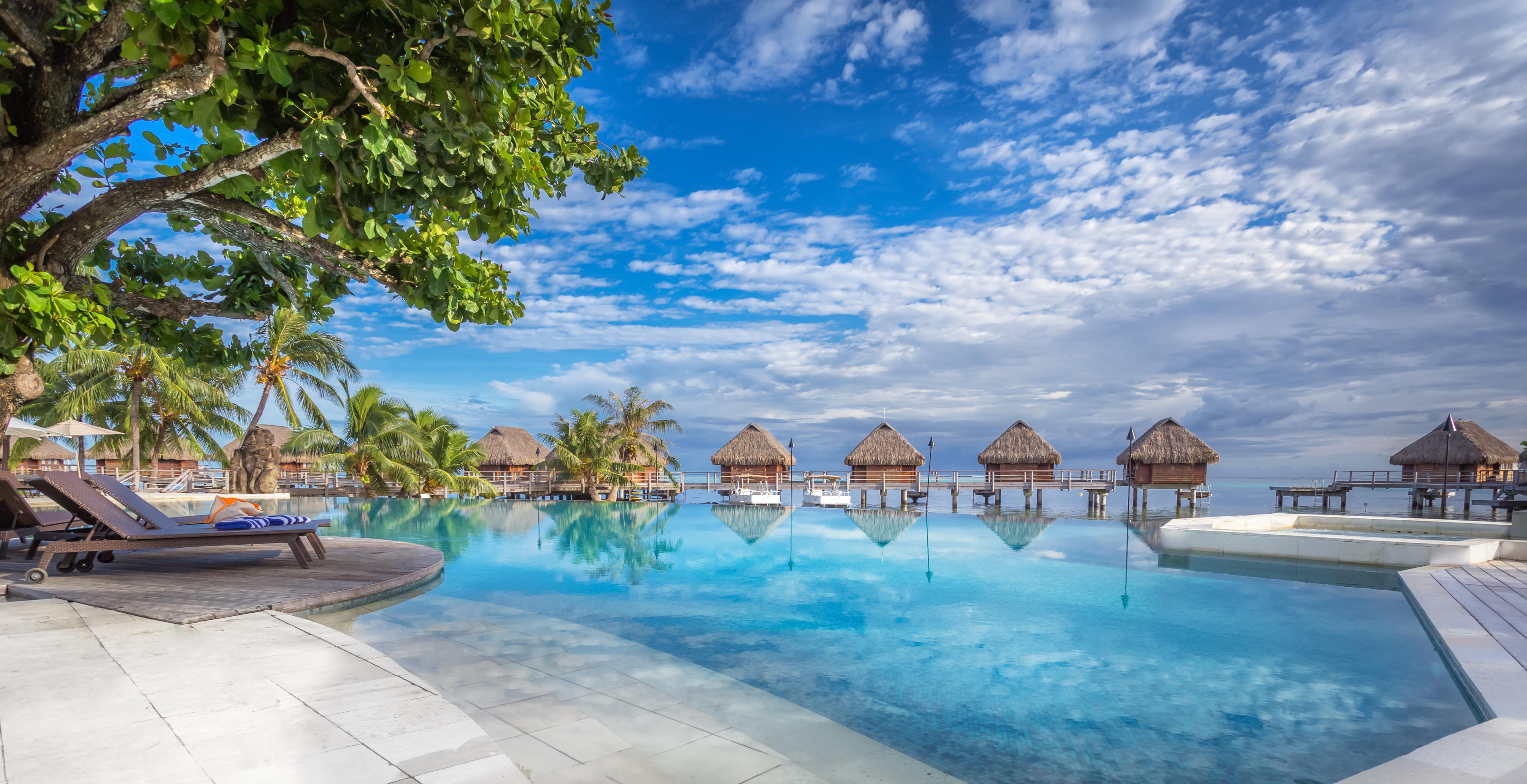 https://tahititourisme.com.au/wp-content/uploads/2017/08/HEBERGEMENT-Manava-Beach-Resort-and-Spa-Moorea-1-Charles_Veronese.jpg