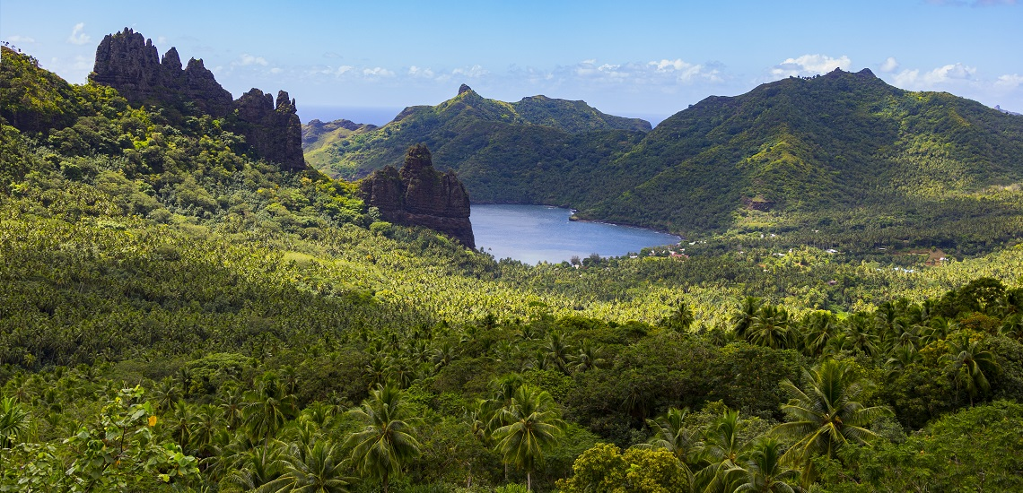 https://tahititourisme.com.au/wp-content/uploads/2017/08/HEBERGEMENT-Nuku-Hiva-Pearl-Lodge-1.jpg