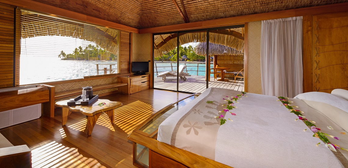 https://tahititourisme.com.au/wp-content/uploads/2017/08/HEBERGEMENT-Tahaa-Island-Resort-Spa-3.jpg