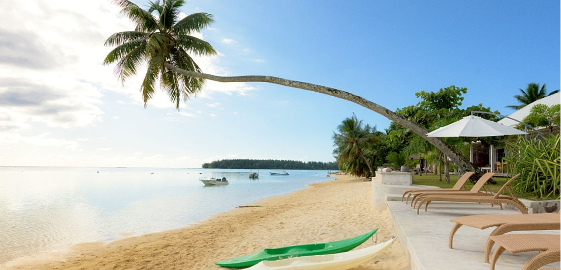 https://tahititourisme.com.au/wp-content/uploads/2017/10/TT_moorea_beach_lodge_1_nz-1.jpg