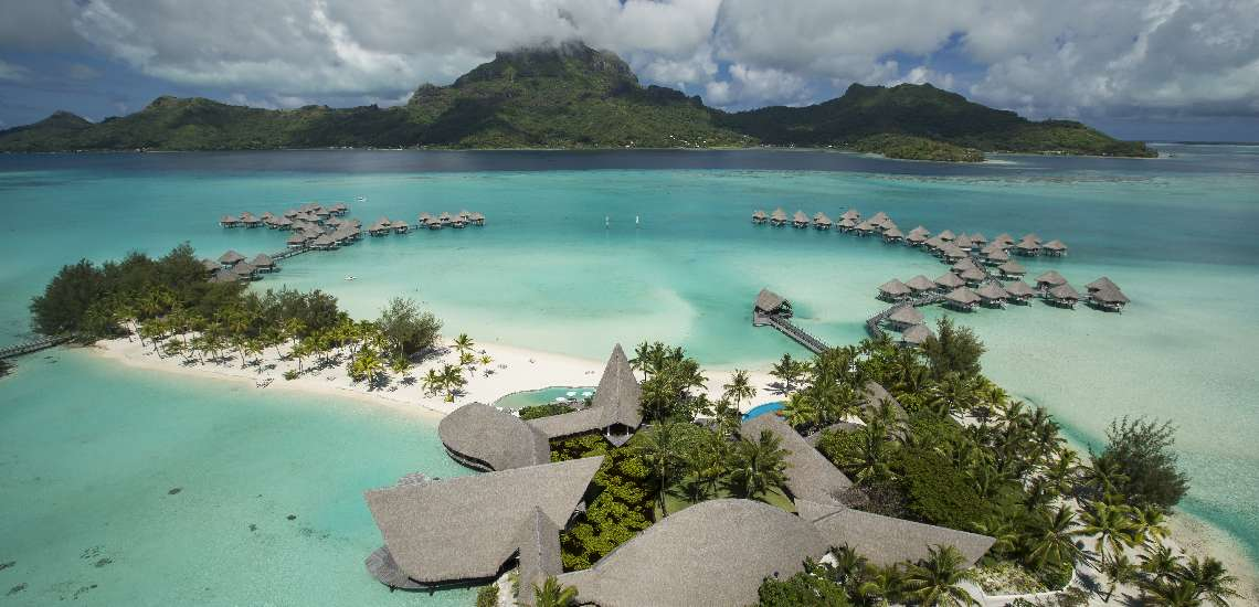 https://tahititourisme.com.au/wp-content/uploads/2017/12/Aerial-View_600.jpg