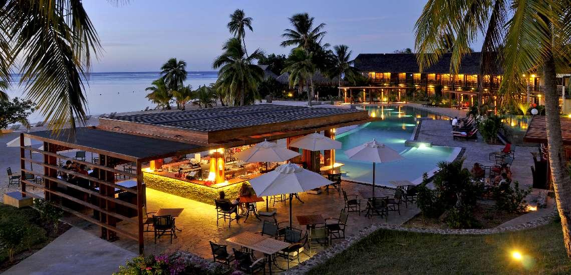 https://tahititourisme.com.au/wp-content/uploads/2018/01/intercontinental-moorea-resort-spa-rooms-bar-and-swimming-pool_5783404000_o_600.jpg
