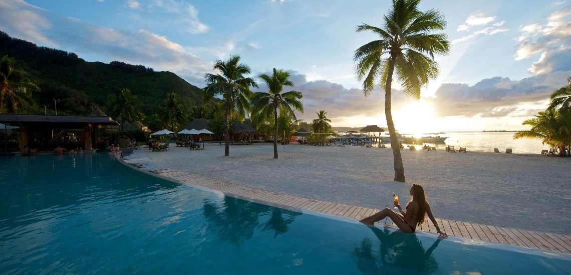 https://tahititourisme.com.au/wp-content/uploads/2018/01/intercontinental-moorea-resort-spa_7559271070_o_600.jpg