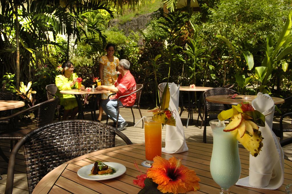 https://tahititourisme.com.au/wp-content/uploads/2018/02/Maitai-BOB-restaurant.jpg