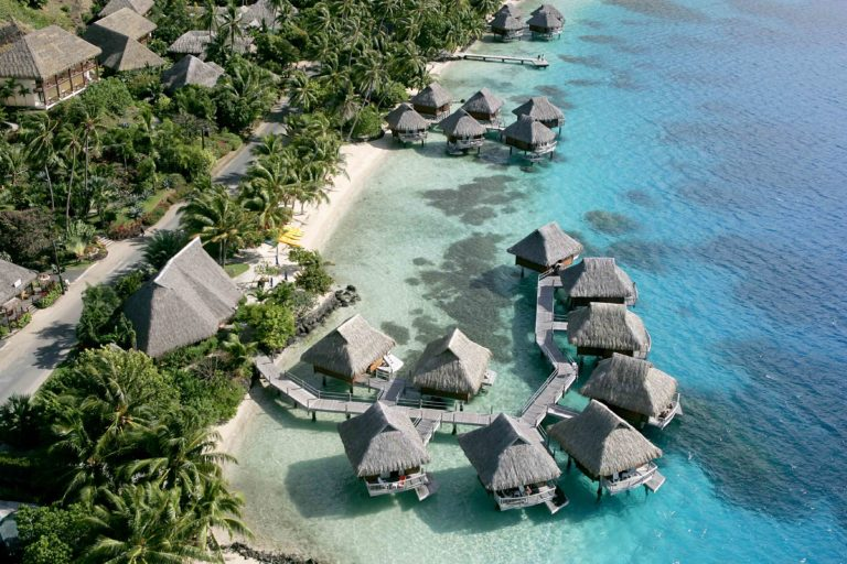 Best Value Overwater Relaxation in Bora Bora