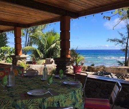 https://tahititourisme.com.au/wp-content/uploads/2018/04/view-from-terrace-commune.jpg