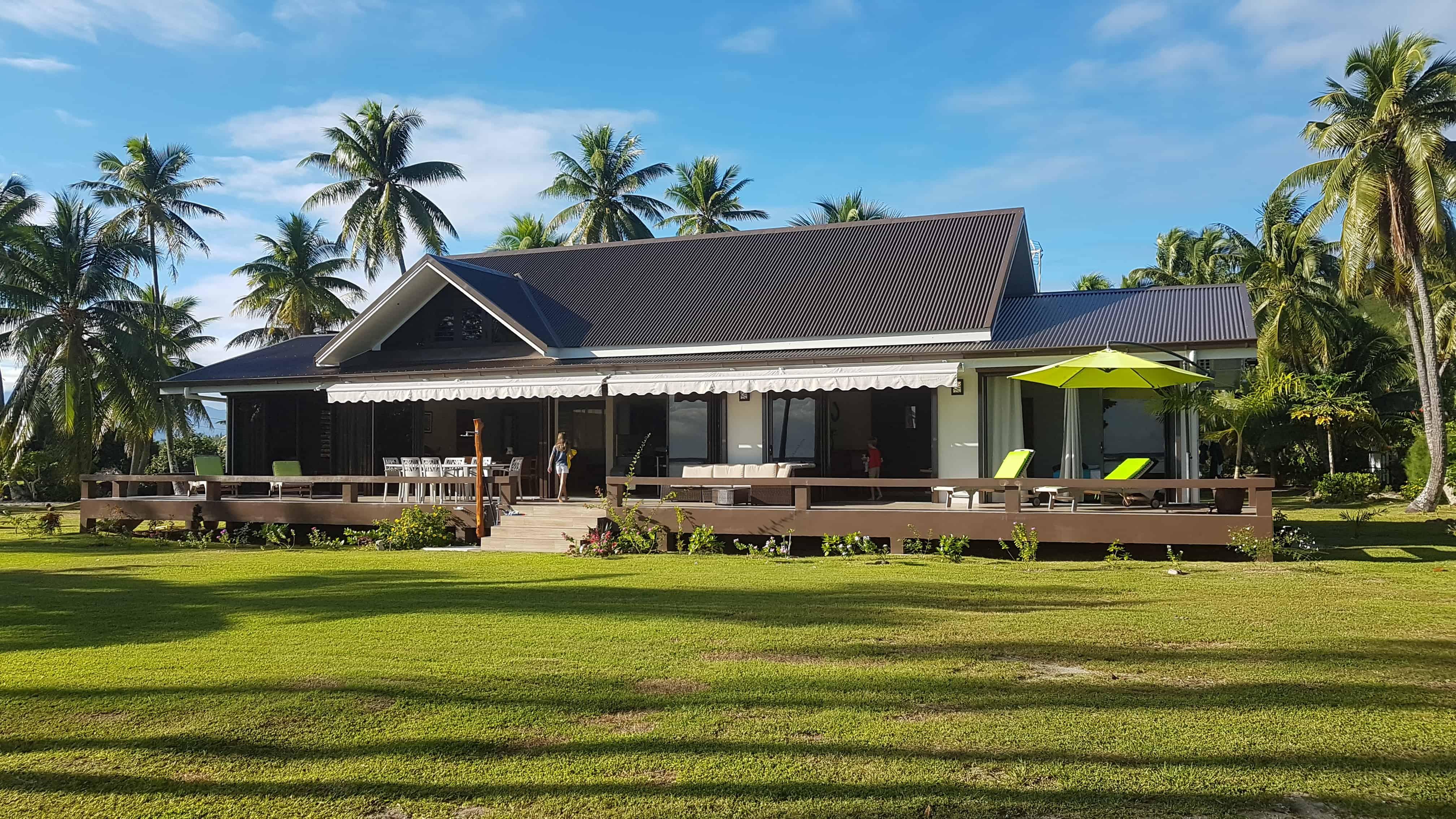https://tahititourisme.com.au/wp-content/uploads/2018/09/Villa-Tiarenui-by-Tahiti-Homes-®-a-Moorea-4.jpg