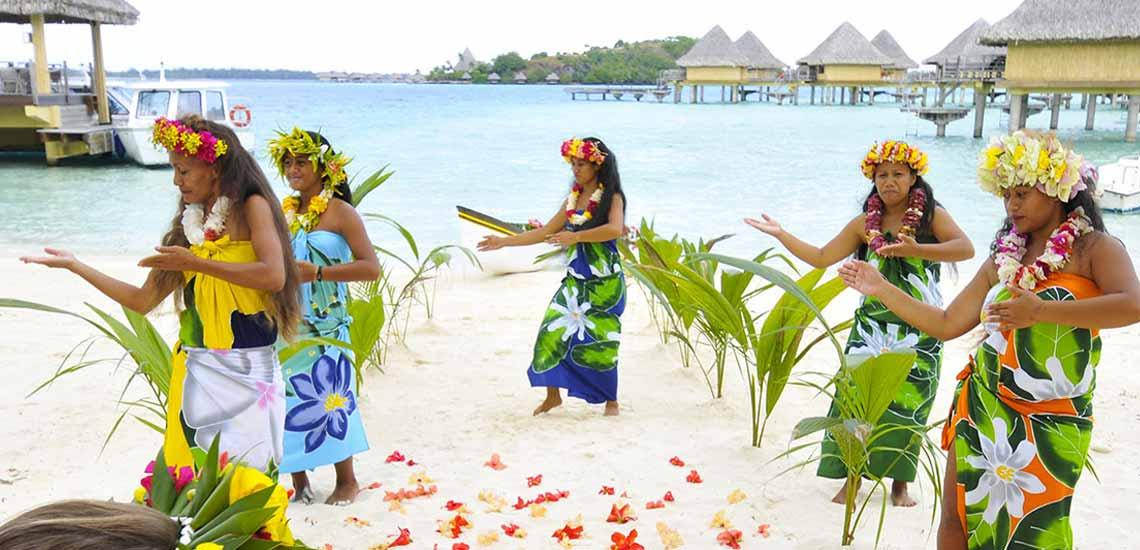 https://tahititourisme.com.au/wp-content/uploads/2018/10/InterContinental-Bora-Bora-Le-Moana-Resort-Resort-06.jpg