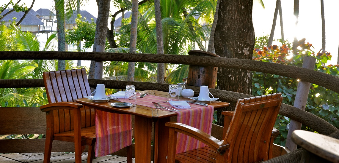 https://tahititourisme.com.au/wp-content/uploads/2018/11/Le-Vanille-Restaurant.jpg