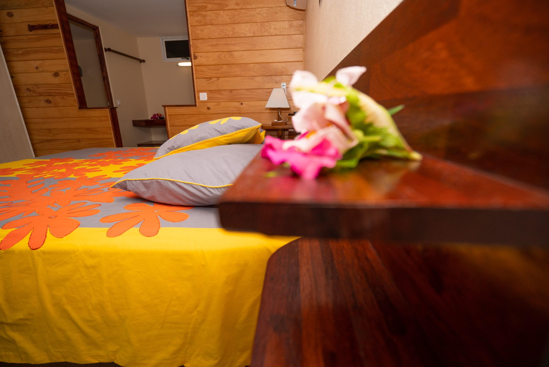 https://tahititourisme.com.au/wp-content/uploads/2019/03/Bora-Holiday-Lodge-Superior-room-24-min.jpg