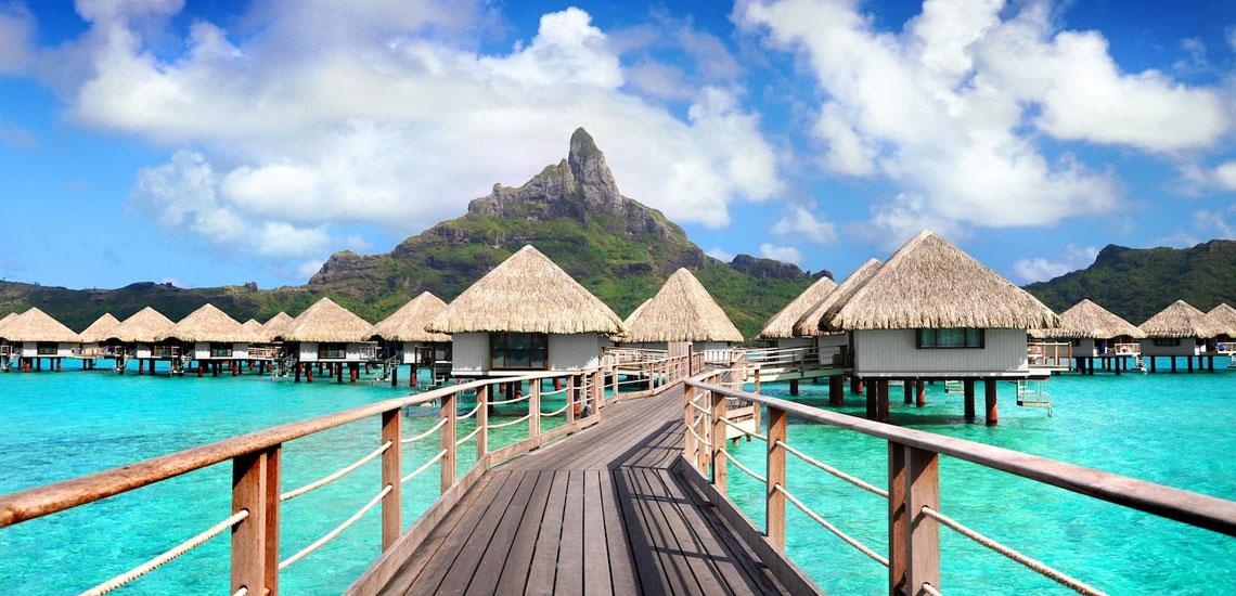 https://tahititourisme.com.au/wp-content/uploads/2019/03/Le-Meridien-Bora-Bora-04.jpg