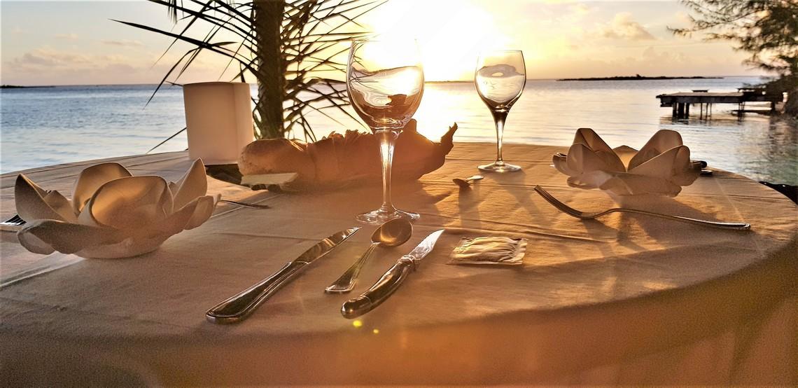 https://tahititourisme.com.au/wp-content/uploads/2020/11/Lagoon-Srvice-Bora-Bora-5.jpg